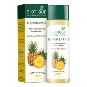 Biotique Bio Pineapple Oil Control Foaming Face Cleanser