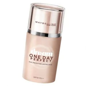 Maybelline New York Dream One Day Perfect Base SPF 18