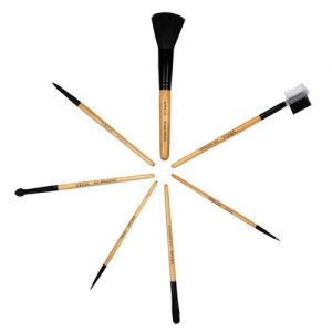 Vega Set Of 7 Make-Up Brushes - EVS-07